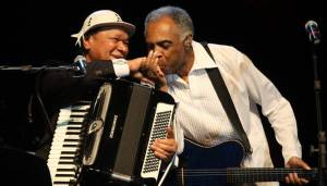 Dominguinhos and Gilberto Gil together on stage in 2010.