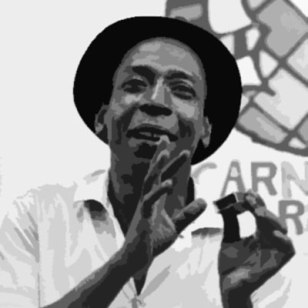 Zé Kéti followed in Ciro Monteiro's footsteps playing percussion on a matchbox. He said to play, the matchbox couldn't be too full nor too empty.