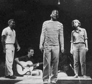João do Vale, Zé Kéti, and Nara Leão on stage with the show Opinião.