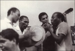 Standing, L-R: Anescarzinho do Salgueiro, Jair do Cavaquinho, Paulinho da Viola and Zé Kéti at Zicartola.