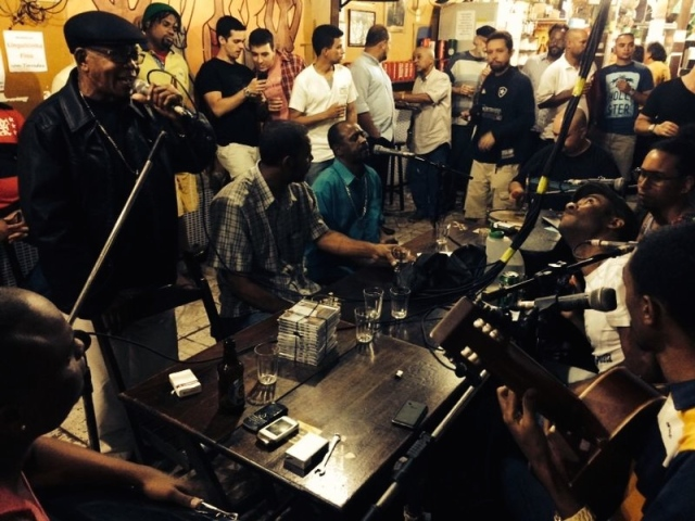 24 June 2014: Botequim Vaca Atoldada, Tuesday evening Roda dos Compositores (Composers' roda) where you can go to hear classic samba de raiz, pagode, and many new unreleased compositions. Free to get in; starts around 8 pm at Vaca Atolada, Rua Gomes Freire 533, Lapa. (If you're hungry for a meal, best to turn right out of Vaca Atolada and head to Salsa and Cebolinha next door or the charming Lapa Café a little farther down.)