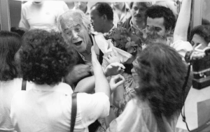Apolônio de Carvalho, former leader of the Brazilian Communist Party, returns from exile on 27 October 1979.