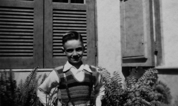 1aldir-aos-7-anos-no-quintal-da-casa-dos-avos-maternos-em-vila-isabel