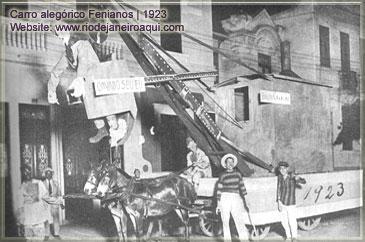 carro-alegorico-antigo-fenianos-1923